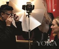 YSL圣罗兰将美妆时尚融入尖端科技