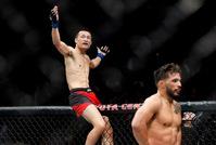 UFC格斗之夜104:郑赞盛首回合KO获胜完美回归