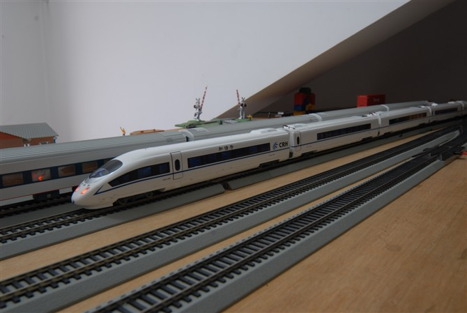新疆暂停发售8月1日起列车车票 恢复日另行通知