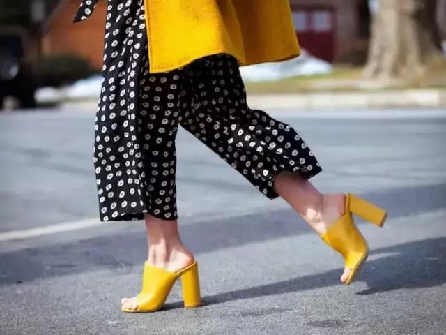 穆勒鞋好看又不累穿出好身材!