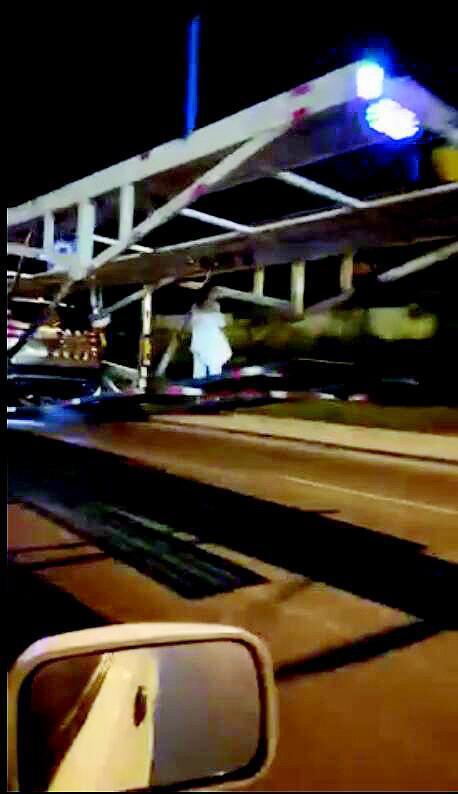 货车半夜后面飘着白衣女鬼? 拍视频网友被吓坏