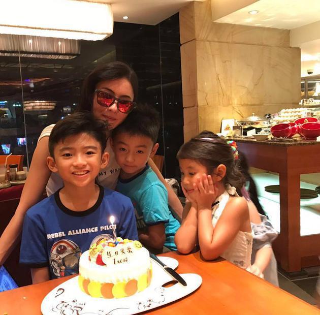 谢霆锋缺席儿子生日被批 回应:生日当天留给妈妈