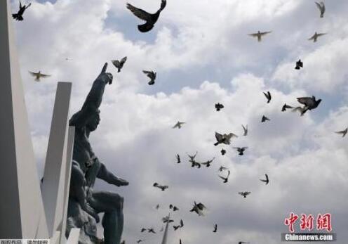 纪念日本战败72周年:与历史并肩而坐 道歉仍未来