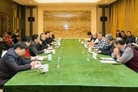 刘锋与富士康科技集团副总裁徐牧基座谈
