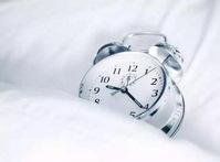 研究:睡七八小时最好,太多让人变笨