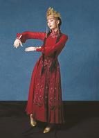 舞者佟丽娅:致乡愁、致当下、致梦想